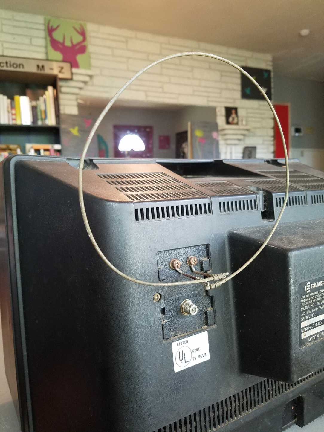 An old Samsung Celebrity television set from the 1970s or 1980s.