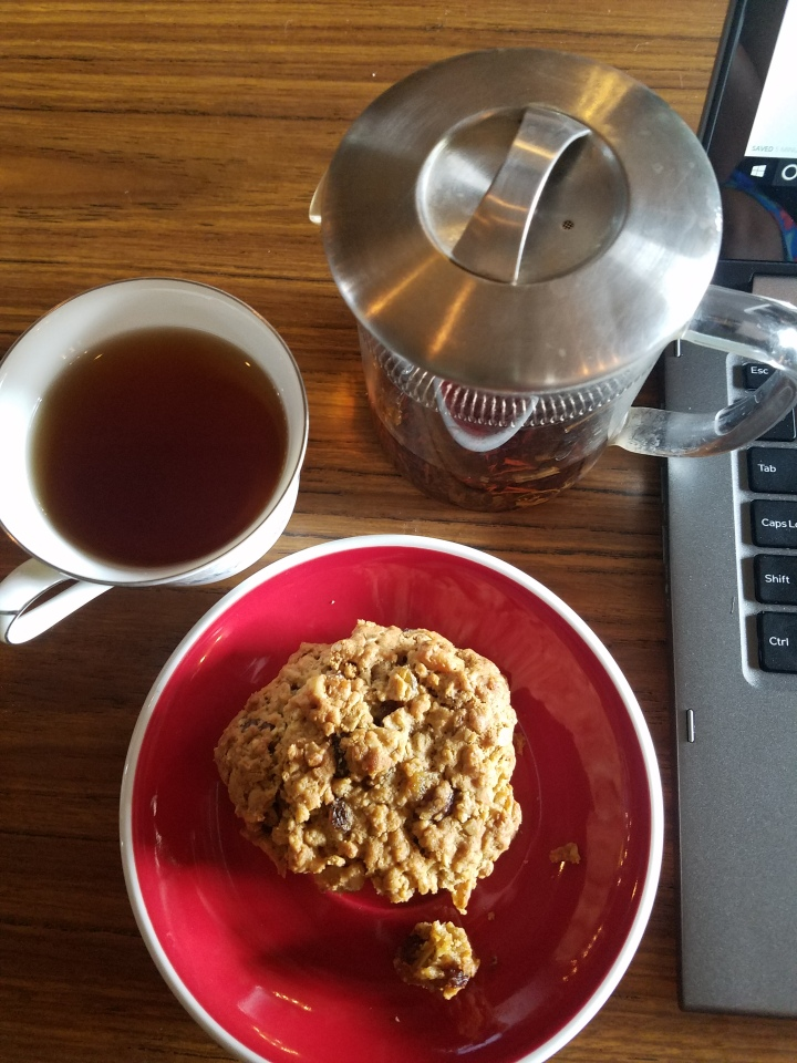 Brew Urban Cafe FAT Village Fort Lauderdale tea oatmeal raisin cookie computer