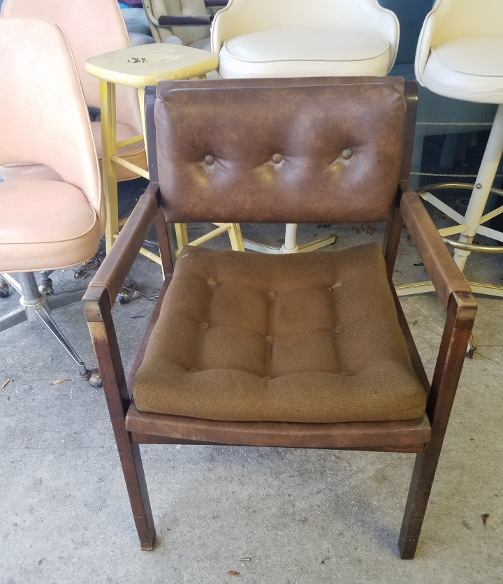 Vintage brown leather and wood chair. iwannabealady