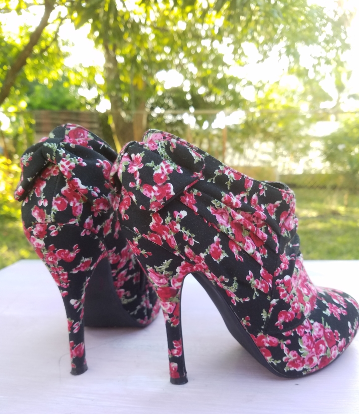 Floral high heel ankle boots iwannabealady.com
