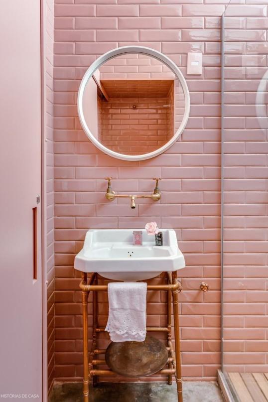 pink tiled bathroom.jpg