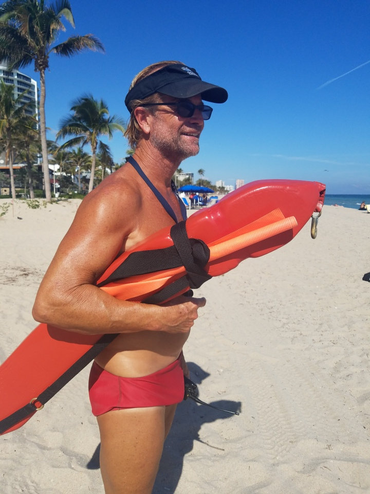 iwannabealady.com welcome to Fort Lauderdale Beach Florida lifeguard
