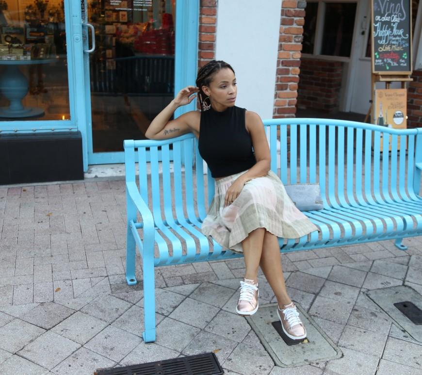 ootd pleated skirt and crop top iwannabealady.com fashion